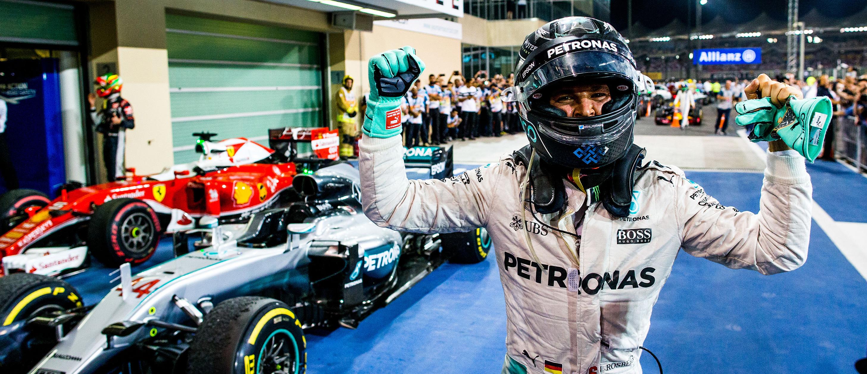 Rosberg Defeats Coulthard in #ChallengeHeinekenLegends Event